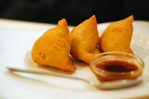 Delectable samosas (photo by Flickr user food_in_mouth)